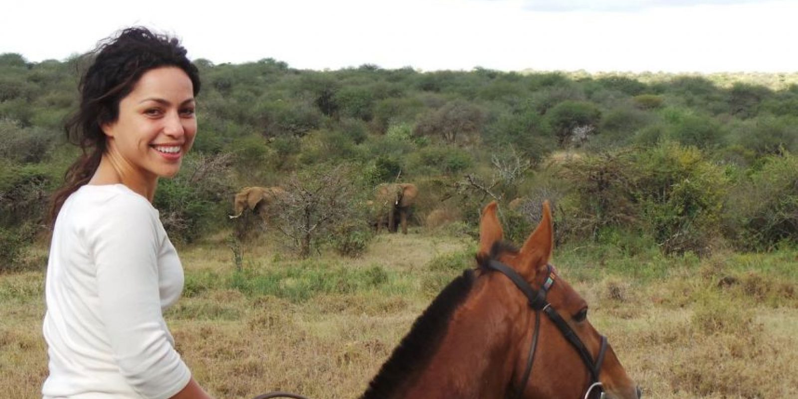 Entre sus hobbies está el practicar ballet y montar a caballo. Foto:Vía instagram.com/explore/tags/evacarneiro