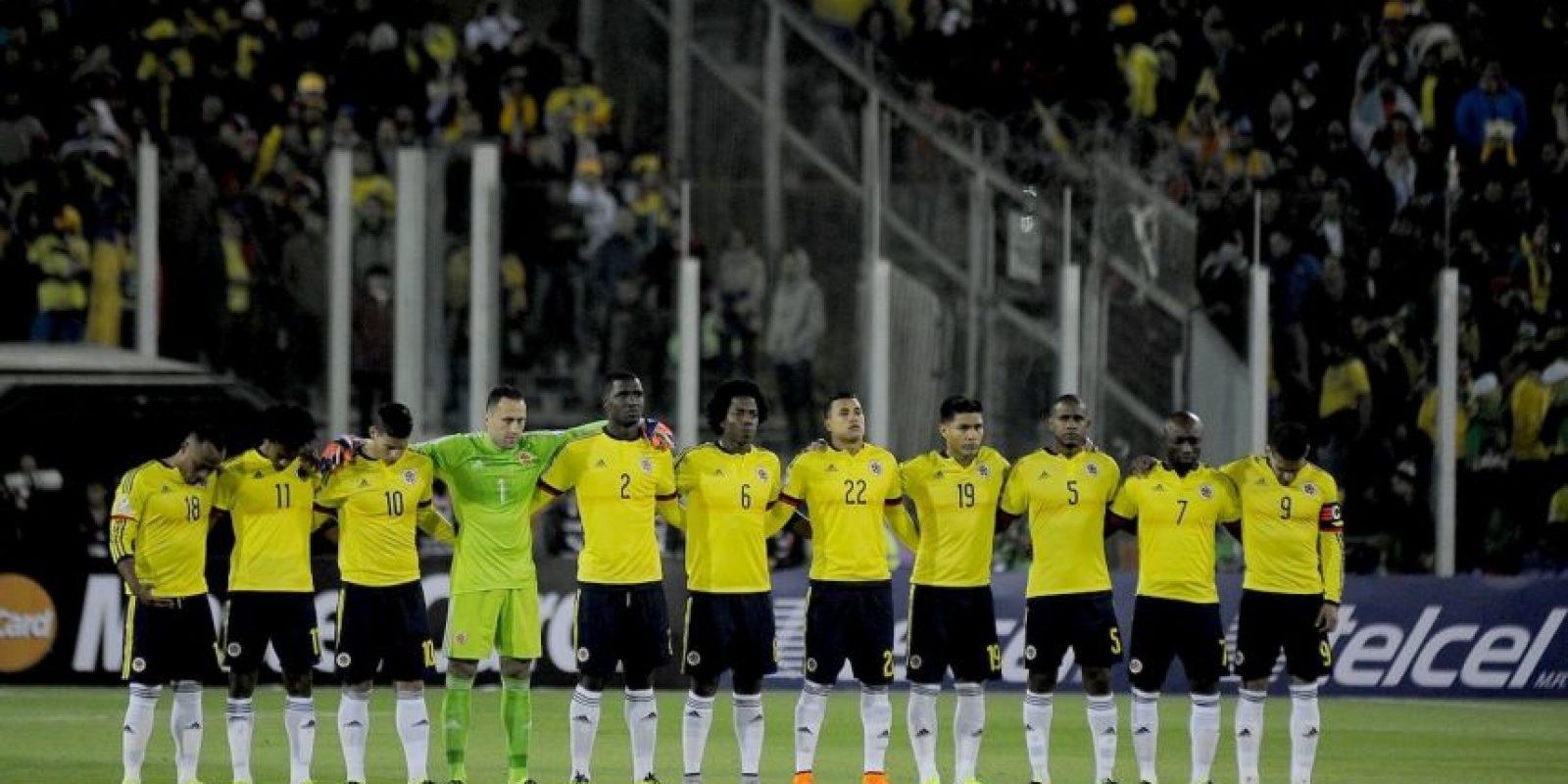 Las criticas, por supuesto, también han llegado a Pekerman y sus futbolistas. Foto:Vía facebook.com/FCFSeleccionColPage