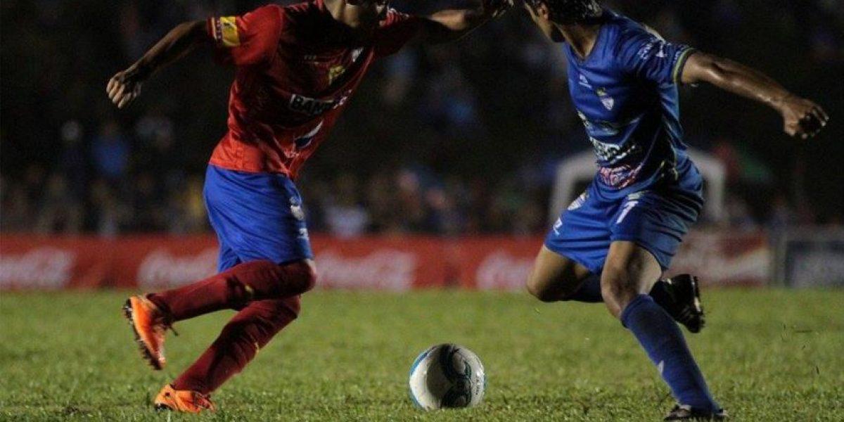 VIDEO. Cobán celebra en casa contra Municipal con un gol de Tinoco