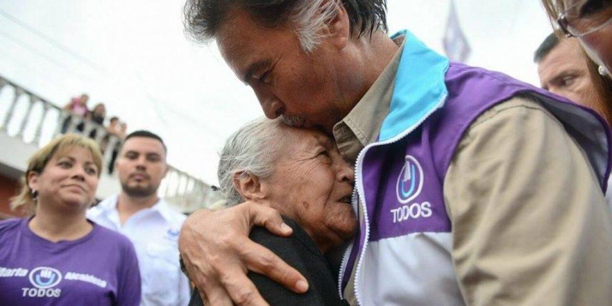 El expresidente Alfonso Portillo sigue siendo una pieza clave del partido Todos