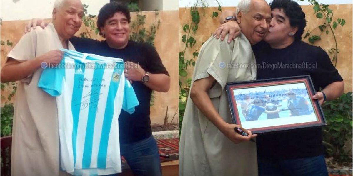 """Diego Maradona tuvo emotivo reencuentro con el árbitro de la """"Mano de Dios"""