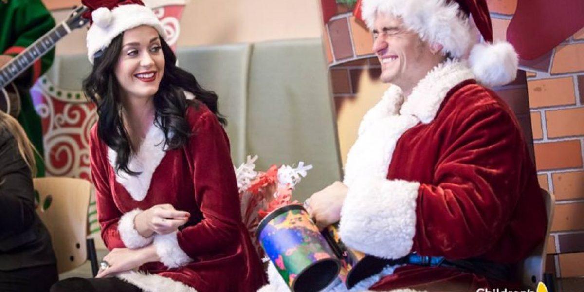 Katy Perry y Orlando Bloom se disfrazan para visitar un hospital de niños