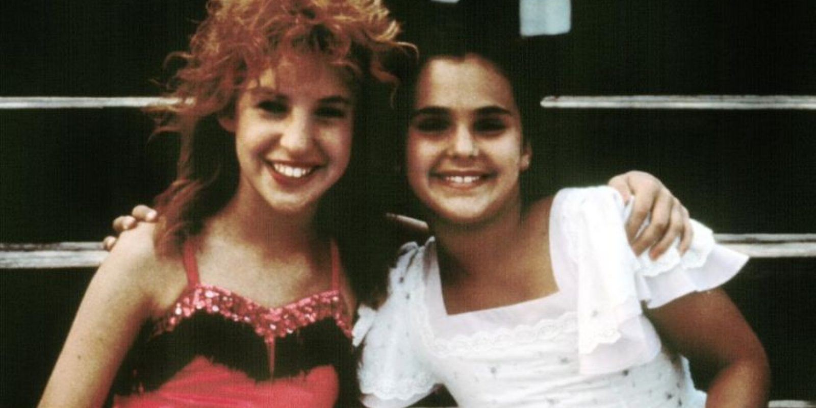 "Comenzó interpretando a Bette Middler de pequeña en ""Playas"" (1988). Foto:vía Buena Vista"
