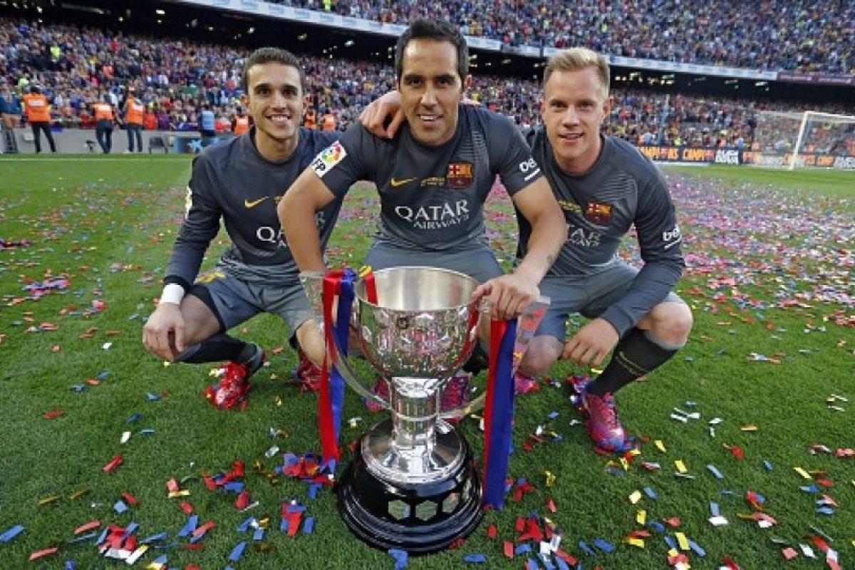 El chileno Claudio Bravo y el alemán Marc-André Ter Stegen son los porteros del Barcelona. Foto:Getty Images