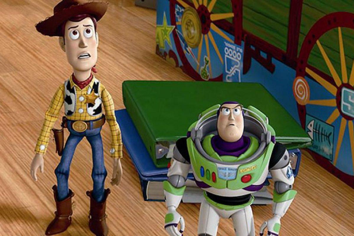 """En """"Toy Story"""" también aparece """"Nemo"""" decorando el baúl de jugutes de """"Andy"""". Foto:Pixar"""