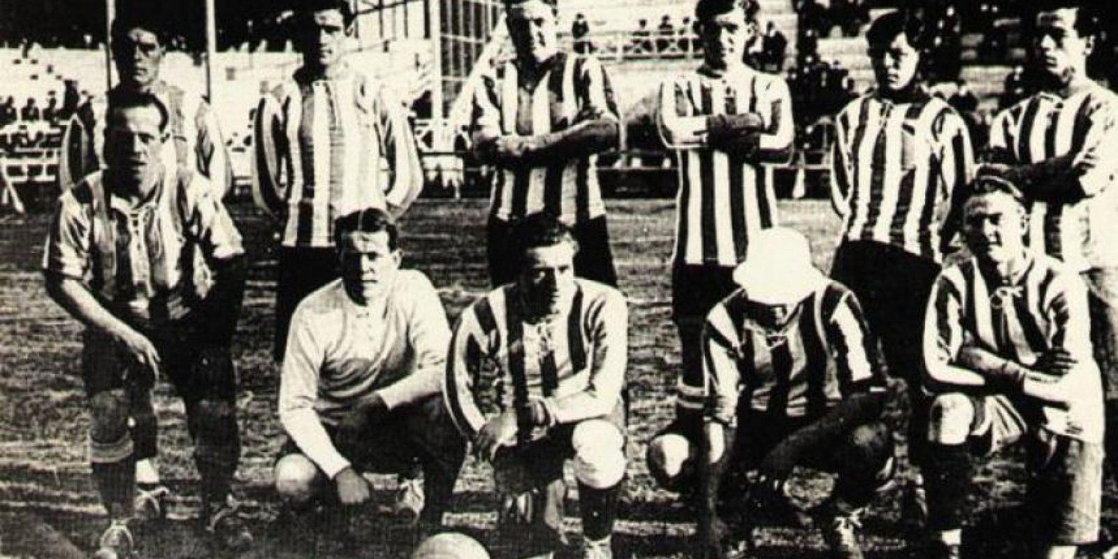 También en 1916 se vivió una anécdota curiosa: El jugador de Huracán, José Laguna, se encontraba en las gradas viendo el duelo entre Argentina y Brasil. Sin embargo, una lesión de un futbolista argentino, hizo que el cuerpo técnico llamara a Laguna y este entrara de emergencia al juego. El duelo terminó empatado 1-1. Foto:Wikimedia