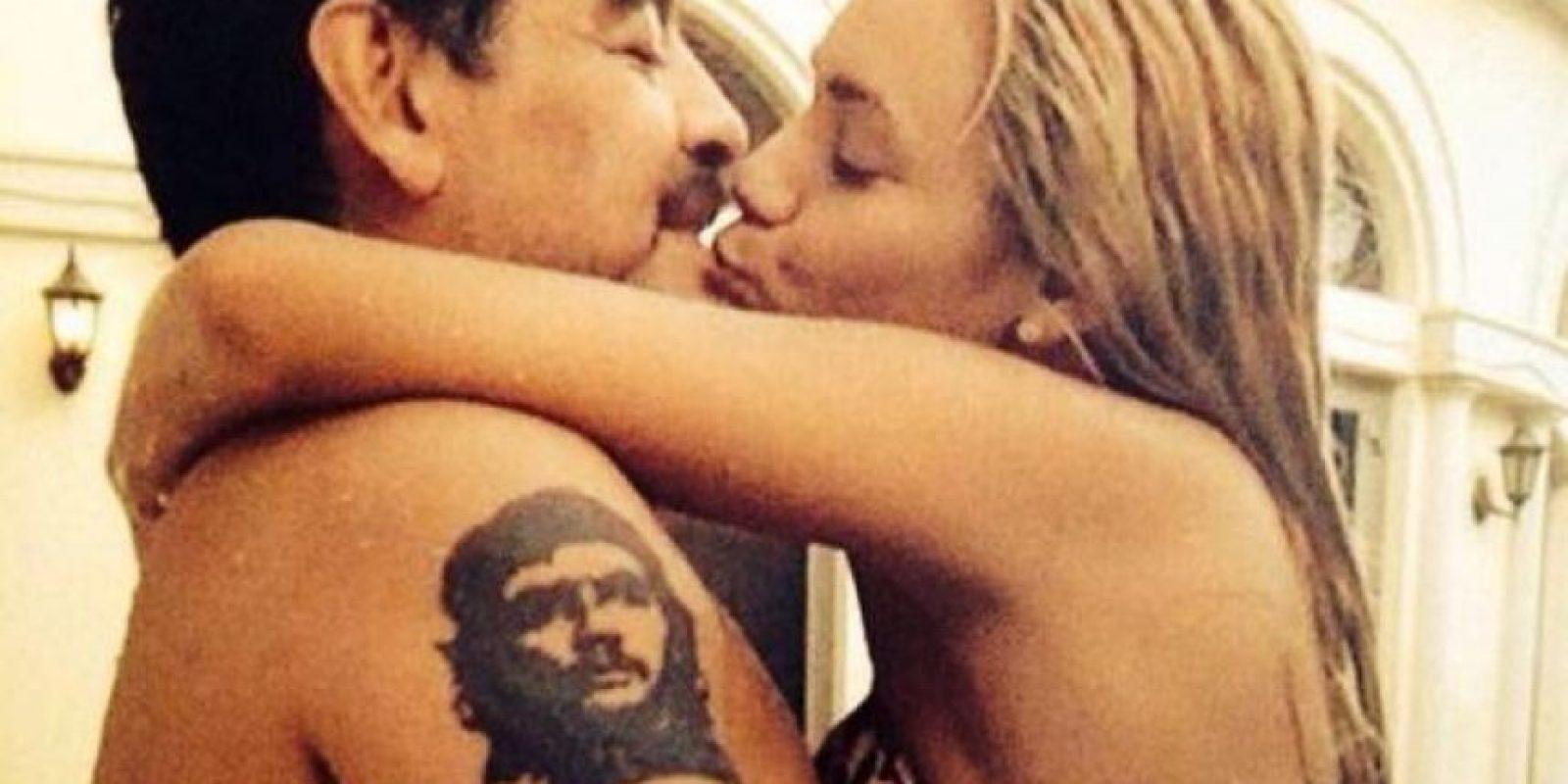 Rocío, la actual pareja del astro argentino, se molestó y de acuerdo a versiones de Vanessa, insultó a Verónica Ojeda y a su hijo. Foto:Vía twitter.com/rogeraldineoliv