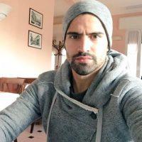 Tiene 27 años y juega como mediocampista en el Genoa. Foto:Vía twitter.com/tomasrincon5