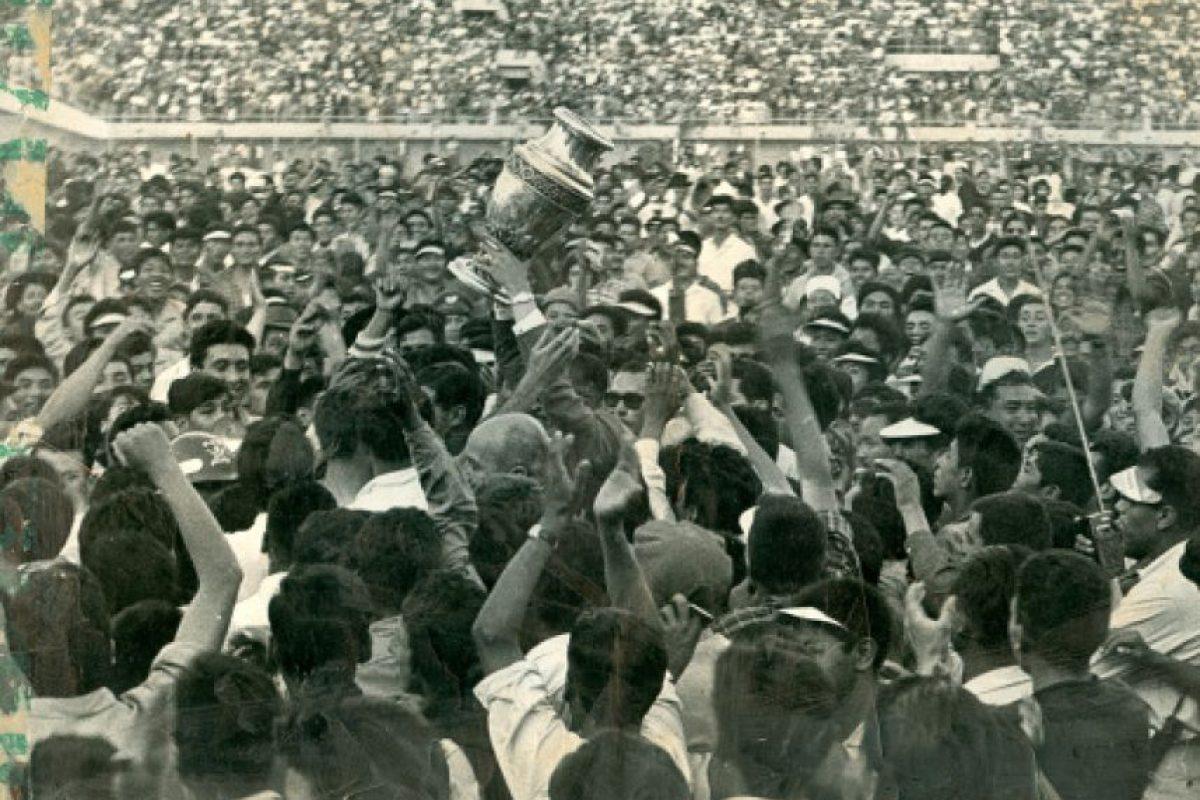 Casi el 100% de los campeones de la Copa América, ha sido bajo las órdenes de un entrenador nacional. Los únicos extranjeros campeones han sido el brasileño Danilo Alvim con Bolivia en 1963 y Jack Greenwall, inglés, con Perú en 1939. Foto:historiadelfutbolboliviano.com