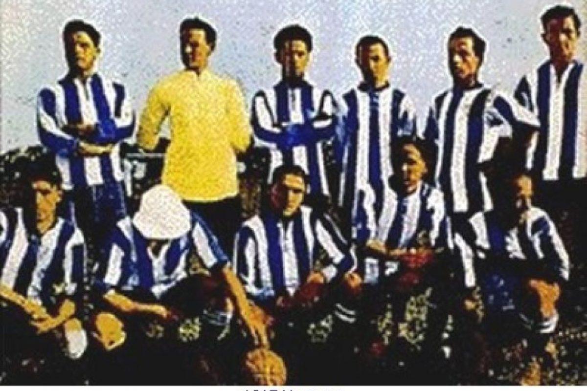 La selección de Argentina vivió momentos peculiares en Uruguay 1917 pues jugaron sus primeros dos partidos y luego volvieron a casa porque sus futbolistas debían ir a trabajar, luego regresaron a Montevideo horas antes del duelo decisivo contra Uruguay, el cual perdieron por marcador 1-0. Foto:Wikimedia