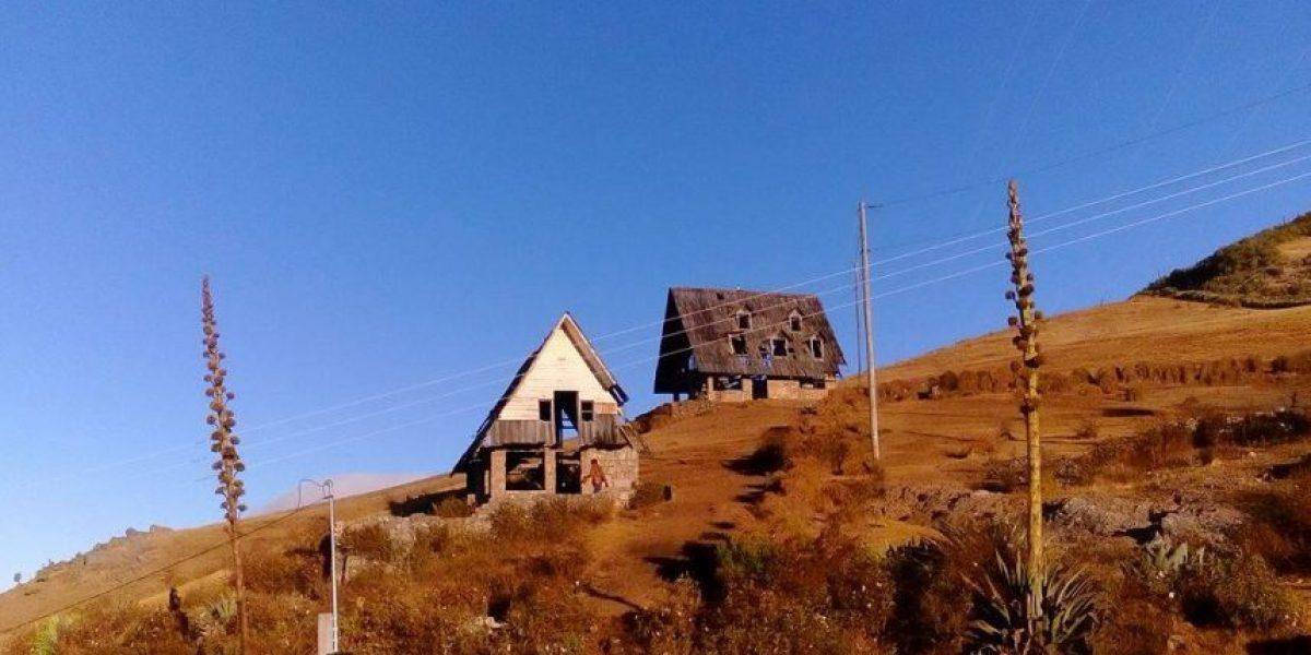 EN IMÁGENES. Cabaña del Mirador de Chiantla se queda sin techo por los fuertes vientos