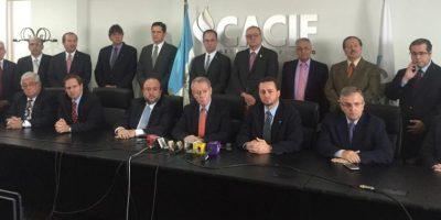 Cacif no ve riesgos en posible salida de Pérez