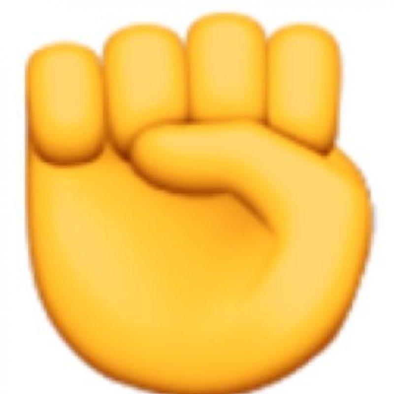 La mano en esta forma es una seña obscena explícita. Foto:emojipedia.org