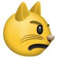 Es una cara de disgusto y muestra de que están de muy mal humor. Foto:emojipedia.org