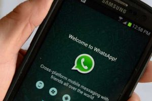 10- WhatsApp es más importante que sus amigos. Foto:Pinterest