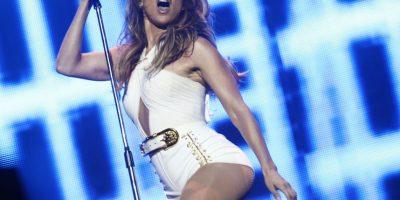 """Demandan a Jennifer López por """"violación al pudor público"""""""
