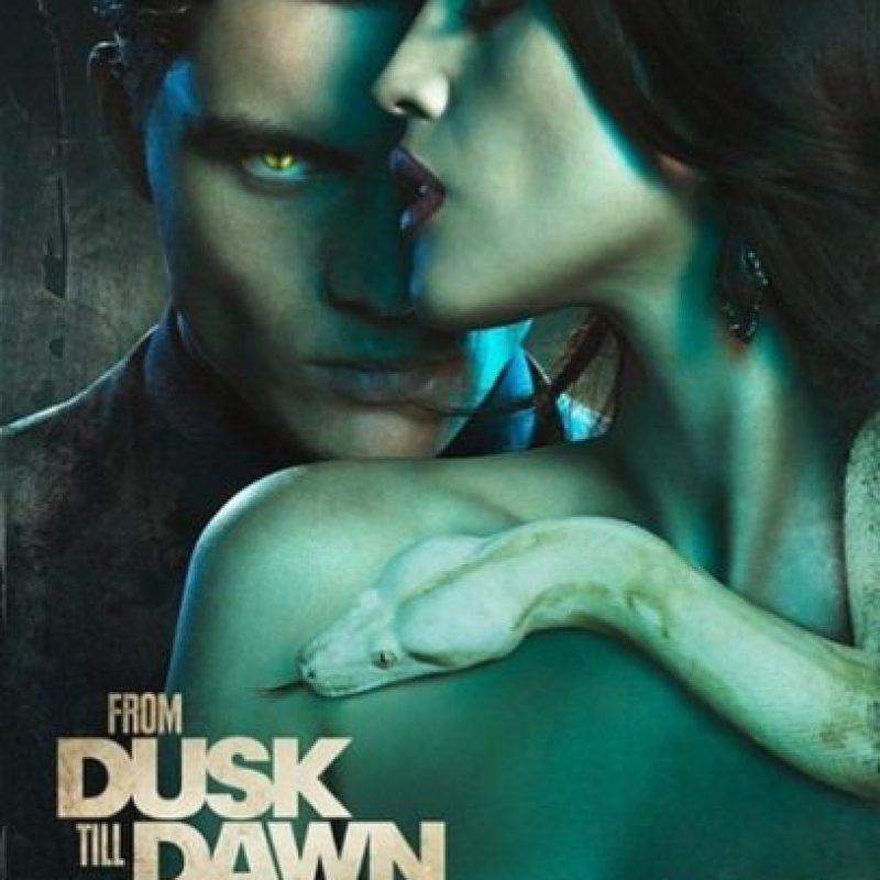 "Póster de la segunda temporada de ""From Dusk Till Dawn"" Foto:Instagram/EizaGonzalez"