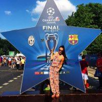 """Los fieles aficionados de Barça y la """"Vecchia Signora"""" arriban al lugar donde se disputará el partido más importante de la temporada europea Foto:twitter.com/FCBarcelona_es"""