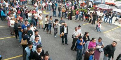 #YoDecido: Abarrotan centros de empadronamiento para habilitar su voto