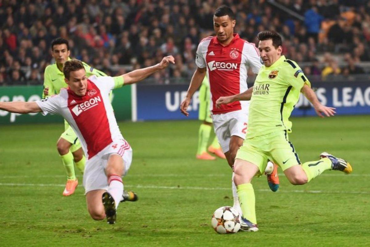 5 de noviembre de 2014. En la cuarta jornada nuevamente el rival fue Ajax. En Amsterdam, el Barça se impuso sin complicaciones por 2-0. Con un doblete de Lionel Messi, el Barça se encaminaba a octavos de final. Foto:AFP