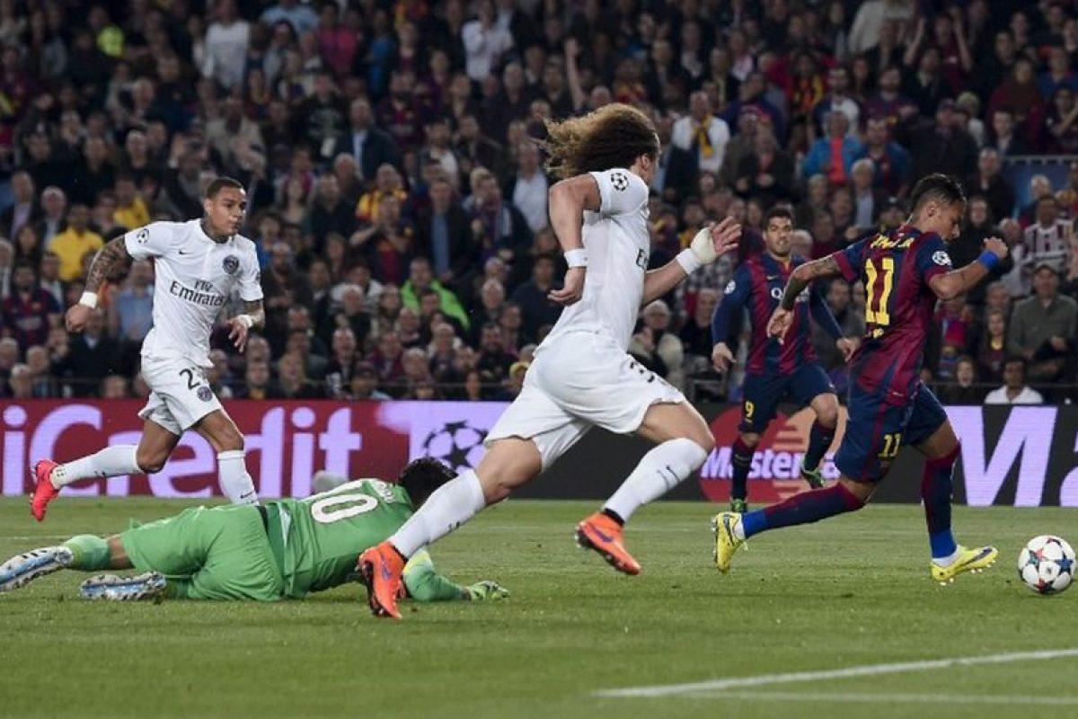 Con doblete de Luis Suárez y otro de Neymar (3-1 final), los catalanes pavimentaron gran parte del camino a semifinales. Foto:AFP