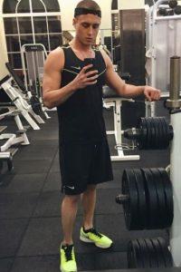 En aquel momento, declaró publicamente su rehabilitación. Foto:vía instagram.com/chethanx