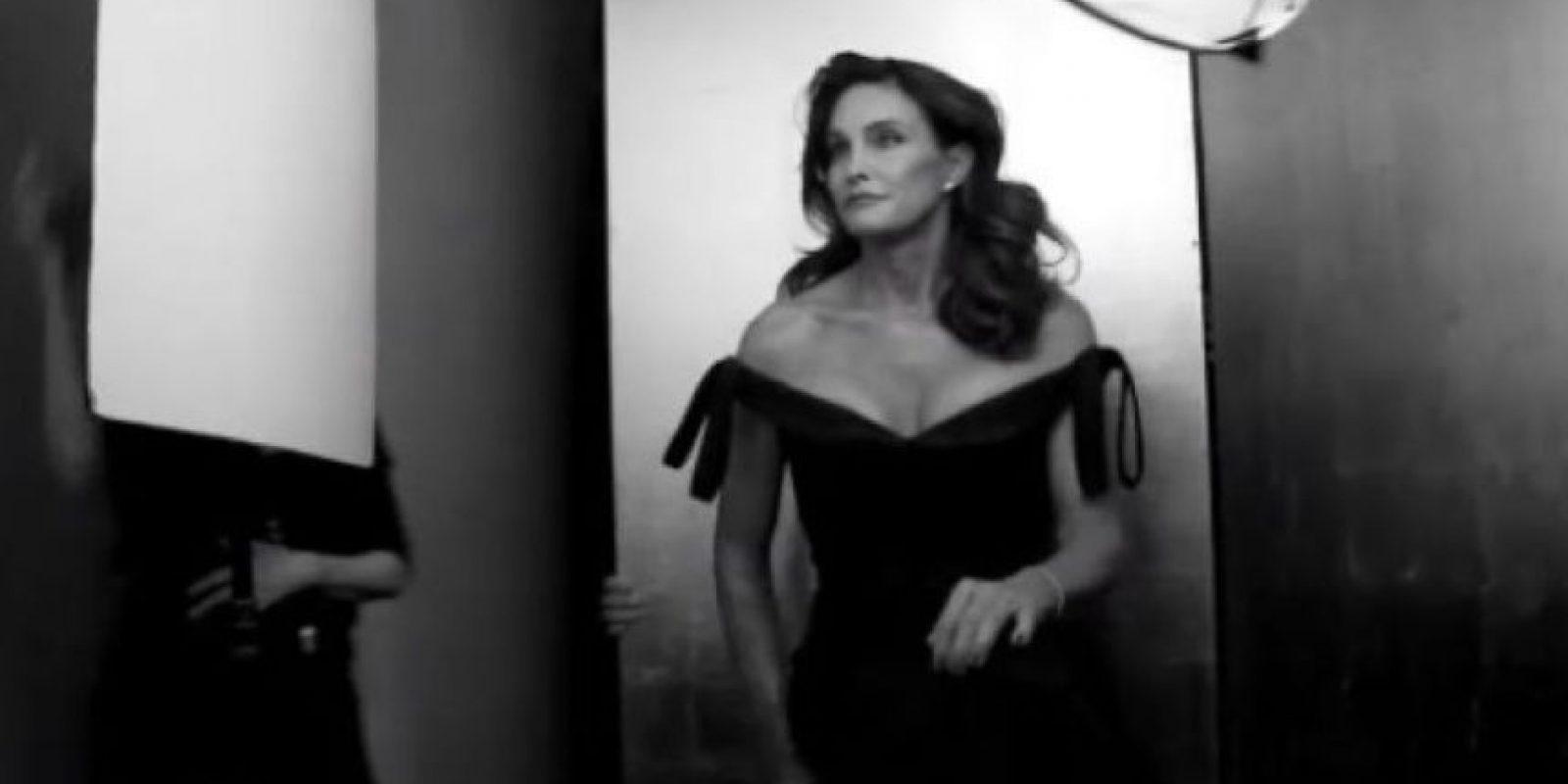 En el nuevo avance, Caitlyn Jenner explica por qué decidió hacer una serie. Foto:YouTube/VanityFair