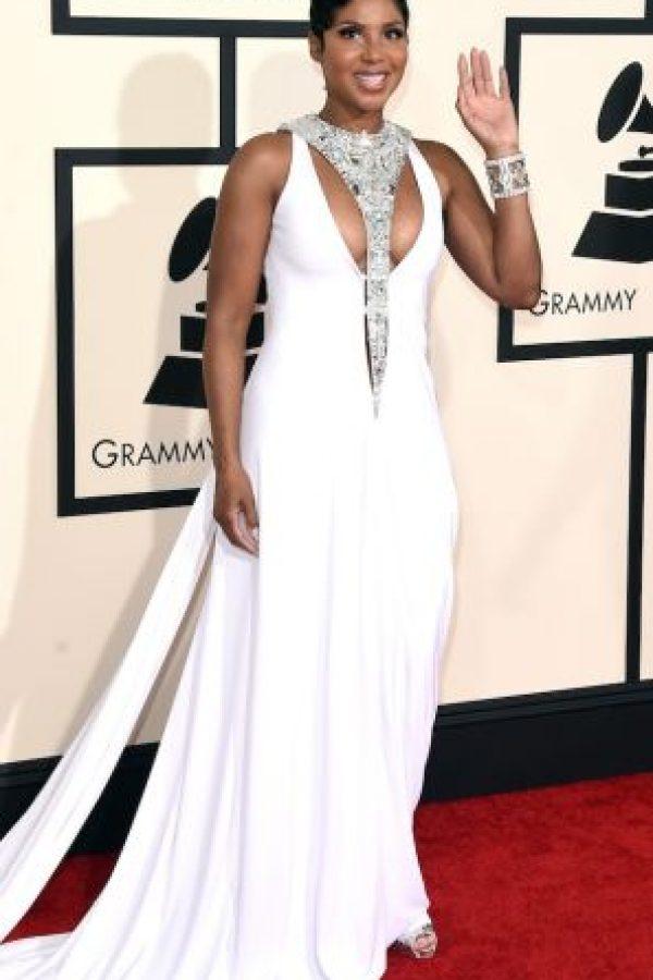 """La cantante se declaró en quiebra en 1998, luego de terminar su contrato con la discográfica """"La Face"""". Para cubrir sus deudas, ee vio obligada a embargar todos sus bienes, incluidos los dos premios Grammy que ganó en 1997. Foto:Getty Images"""