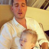 El accidente le provocó al pequeño quemaduras en el 6% de su cuerpo. Foto:Instagram/MichaelBuble