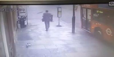VIDEO. De esta manera, este hombre se salvó de morir
