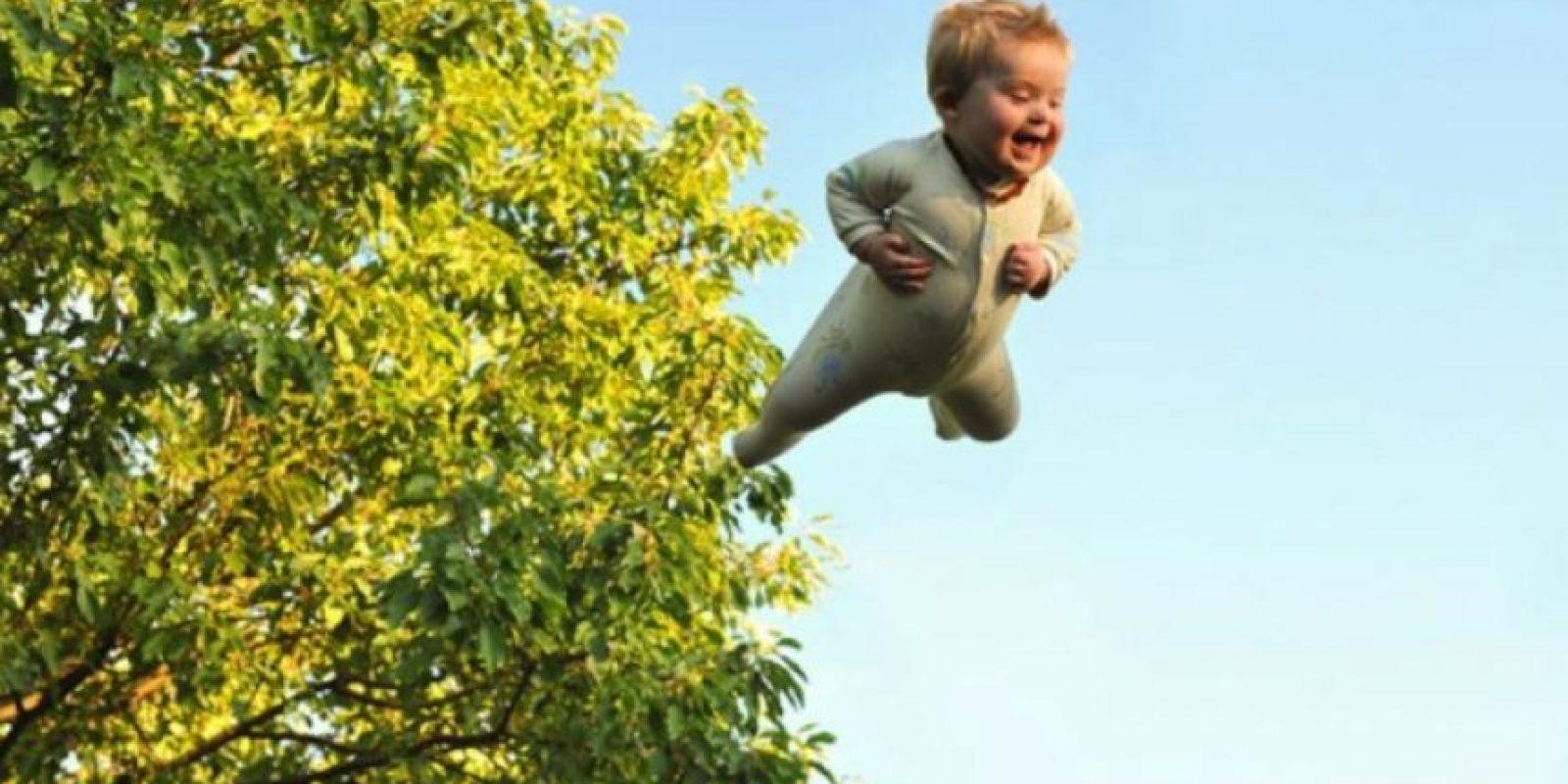 """4. Un padre demuestra que su hijo con """"Síndrome Down puede """"volar"""" Foto: thatdadblog.com"""