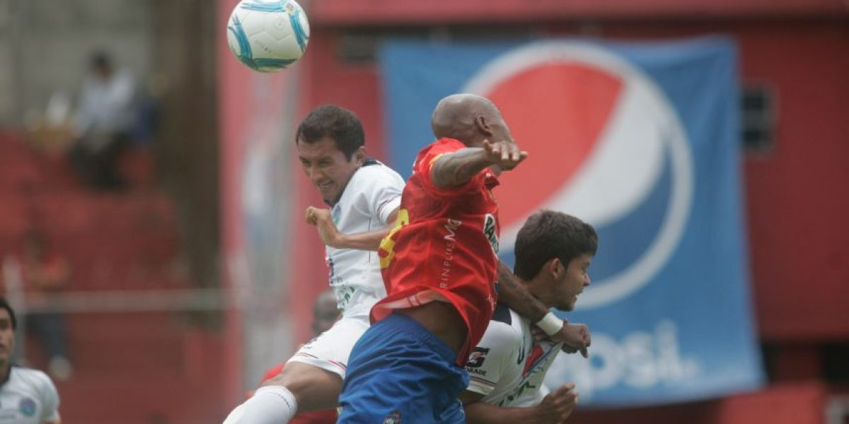 Municipal sufre pero derrota a la Usac con un golazo de Pedro Altán