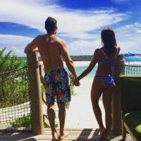 """""""Primero compañeros, luego amigos y gracias al tiempo de Dios que es perfecto. Hoy estamos unidos por el amor que nos tenemos y queremos seguir caminando juntos. Con los pies en la tierra y los ojos en la luna. ¡Somos Novios!"""", expresó Rulli en su cuenta de Twitter. Foto:vía instagram.com/sebastianrulli"""