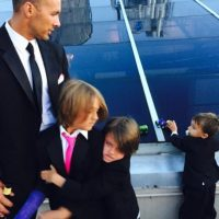 Ahora son padres de los pequeños: Mason (ocho años), Braydon (seis) y Tucker (dos). Foto:vía instagram.com/melissajoanhart