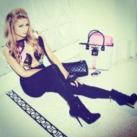 Paris Hilton tuvo suerte en Polonia y recuperó una joya perdida. Foto:Instagram/parishilton