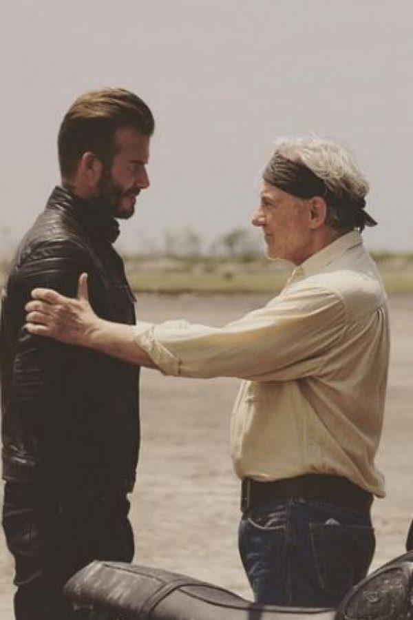 """Un cameo en """"Outlaws"""" y dos participacones en películas de Guy Ritchie han sido elementos suficientes para que los fans hayan pedido que el exfutbolista sea el nuevo """"James Bond"""" Foto:Instagram/DavidBeckham"""
