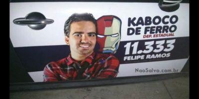 Uno apoyado por Iron Man Foto:Naosalvo.com.br