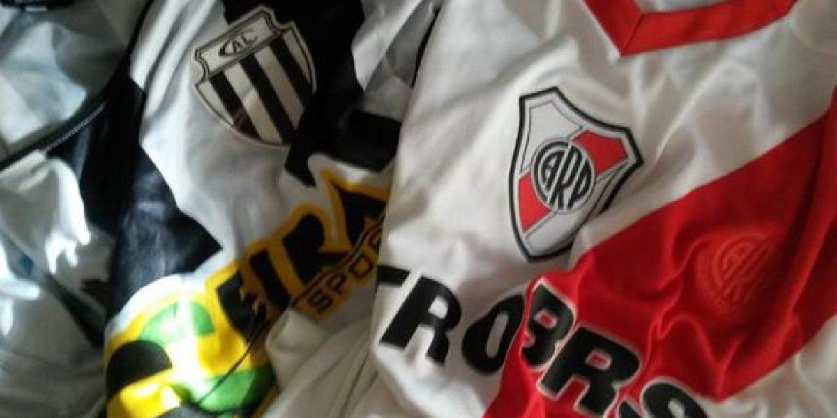 Futbolista argentino llora de emoción al enfrentar al