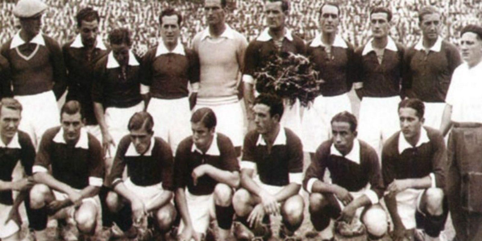En sus inicios, la Copa América servía como torneo clasificatorio a los Juegos Olímpicos. Ocurrió en tres ocasiones: la de 1923 para calificar a París 1924, 1927 para Amsterdam 1928 y 1935 para clasificar a Berlín 1936. Foto:ca2015.com