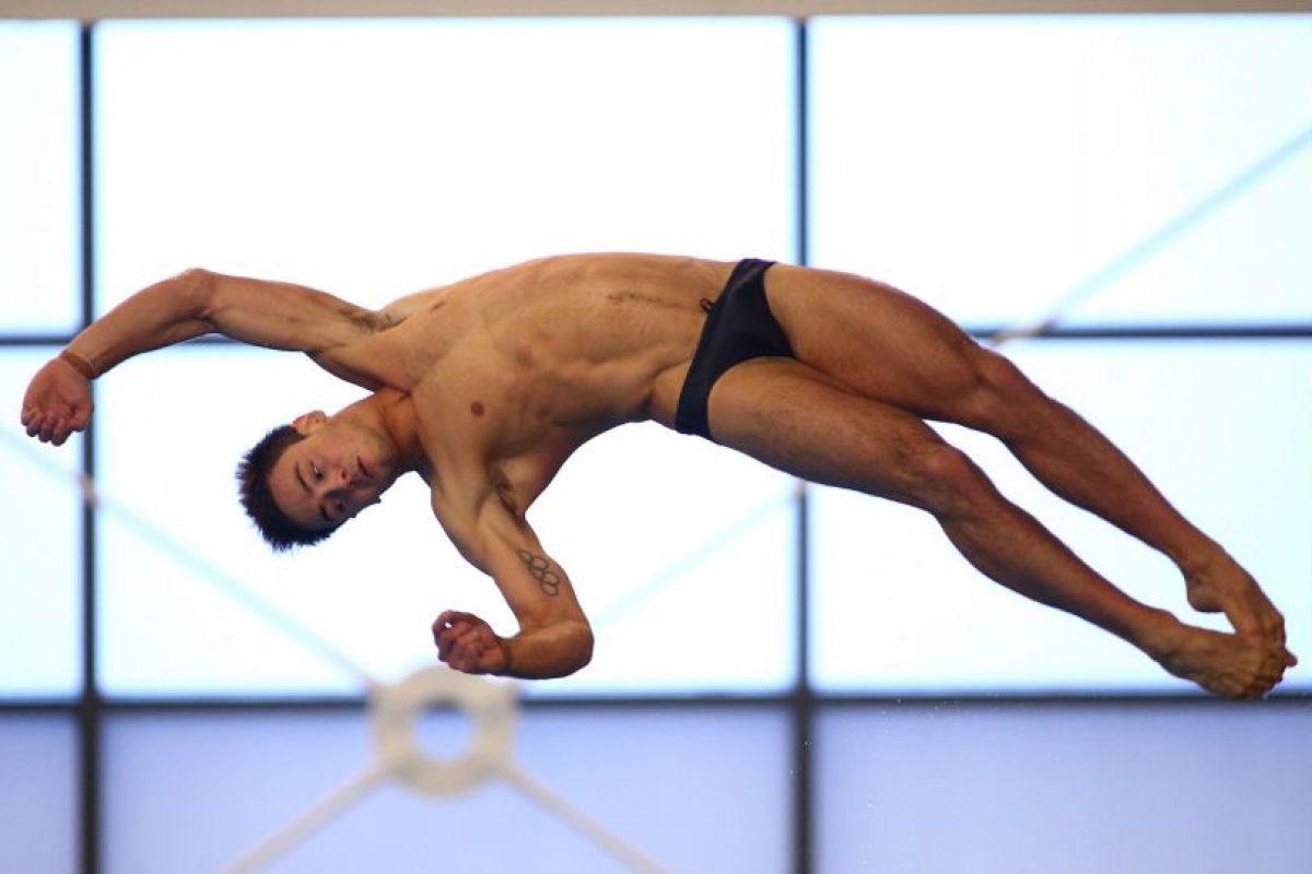 """16. Tom Daley. El clavadista británico ha recaudado fondos para la """"Campaña de Derechos Humanos"""" Foto:Getty Images"""