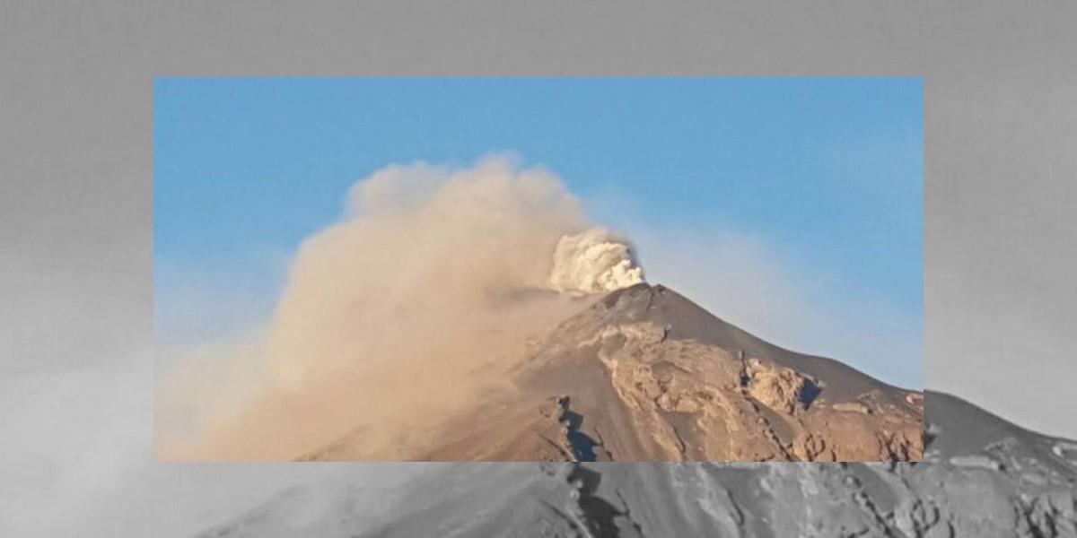 Mantienen vigilancia por erupción del volcán de Fuego