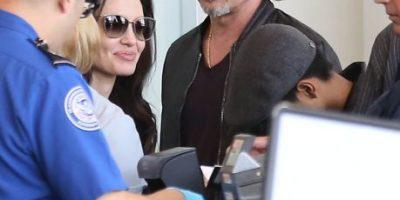 ¡Sin lujos! Así viaja la familia Pitt-Jolie