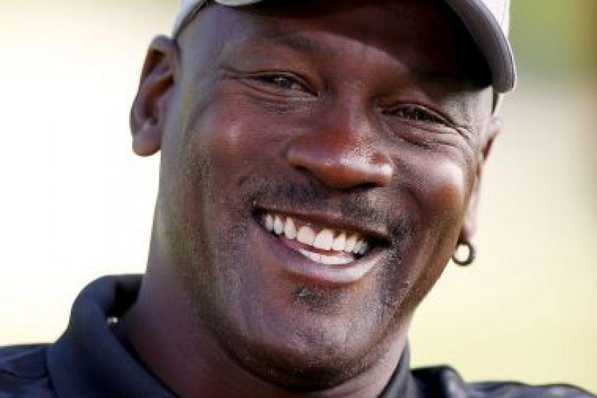 Su fortuna fuera de lo invertido en los Hornets, es de 600 millones de dólares Foto:Getty Images