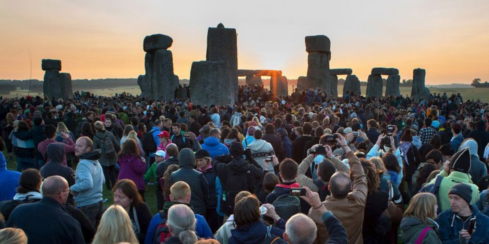 Stonehenge está formado por grandes bloques de rocas metamórficas distribuidos en cuatro circunferencias Foto:Getty Images
