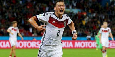 Es hijo de inmigrantes turcos en Alemania, por lo que pudo jugar para Turquía, pero Özil prefirió representar a Alemania, el país donde nació y creció. Foto:Getty Images