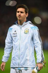 """La """"Pulga"""" llegó a España a los 11 años, por lo que, después de ver su talento, los directivos de la """"Furia Roja"""" quisieron convencerlo de que jugara para los europeos pero él se negó porque sólo aspiraba a representar a Argentina. Foto:Getty Images"""