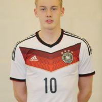 Julian Brant es un futbolista alemán de 19 años. Es mediocampista. Foto:Getty Images