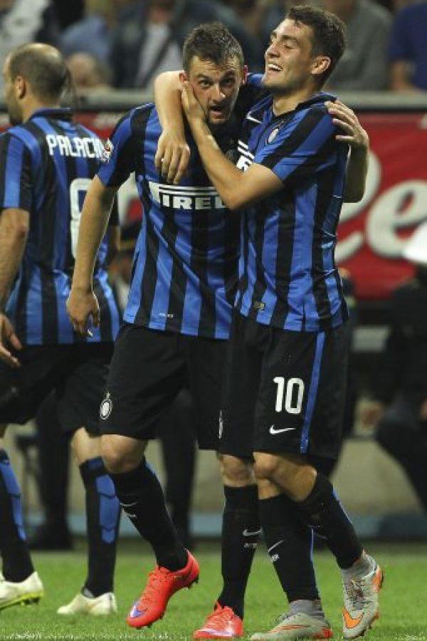 """Con los """"Neoazurris"""" disputó 97 partidos, entre liga, copa y torneos internacionales, en los que marcó 8 goles. Foto:Getty Images"""