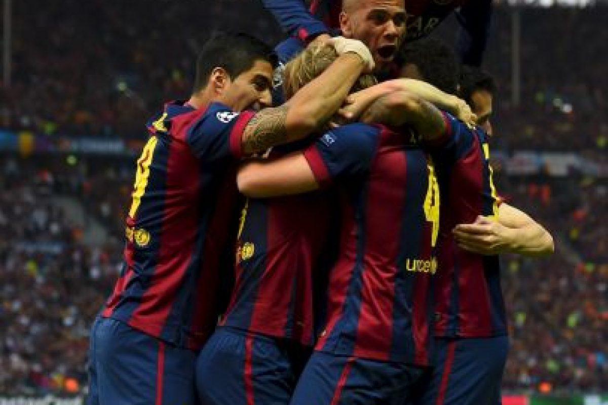 Celebrando el primer gol Foto:Getty Images