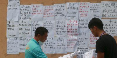 Las listas oficiales de muertos en el lugar Foto:Getty Images